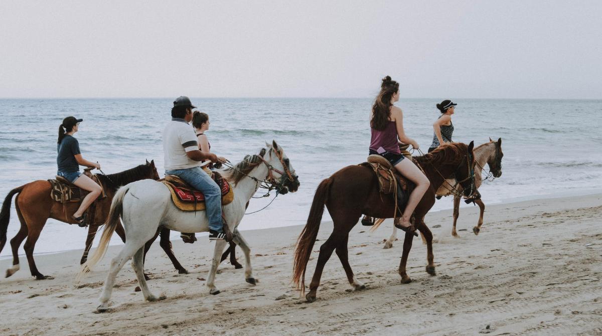 Emozioni magiche a cavallo a Villasimìus